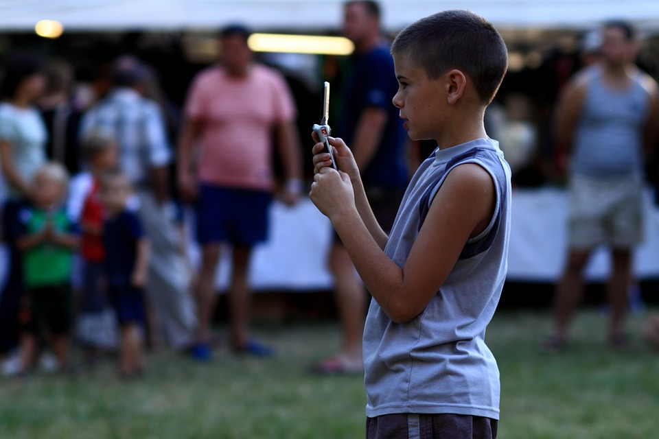 effects smartphone children - Effects of Smartphone on the Children and Teenagers